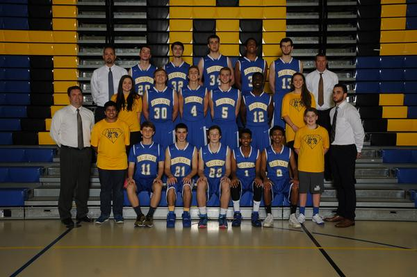 Varsity Basketball Ready for 2016 Season