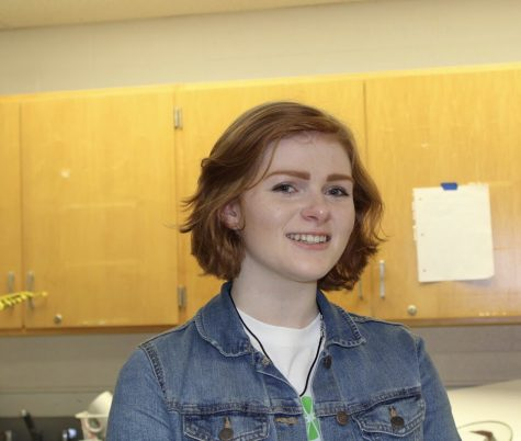 This is Julie Kindle. A senior at Robinson, she is invested in her future as a professional artist.