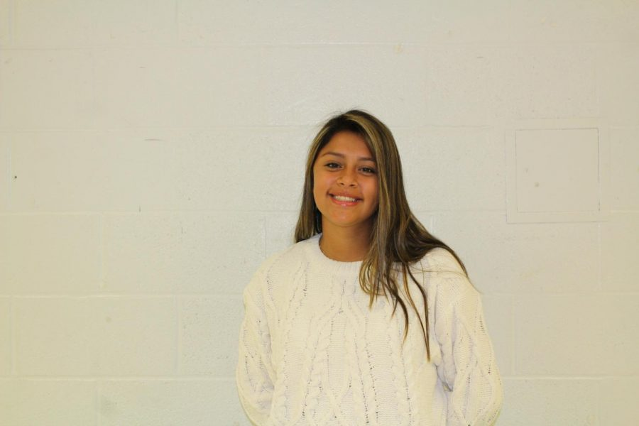 Freshman Isabella Aldave had an easy time making friends at Robinson.